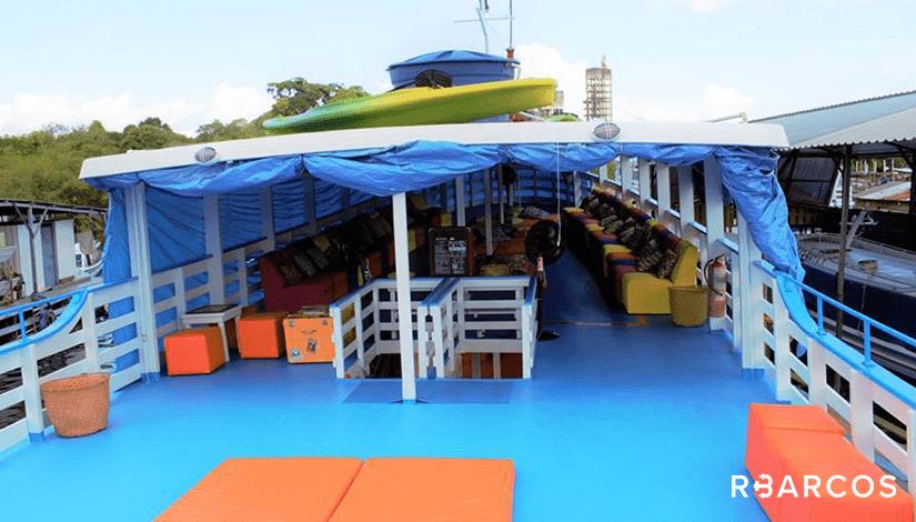 Safári Amazônico em Barco Regional 72 Pés  - /