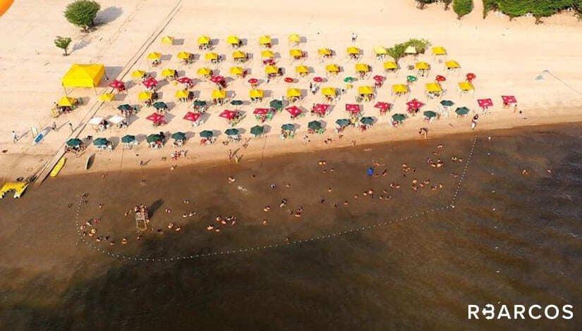 Praias e Comunidades em Barco 45 Pés   - /