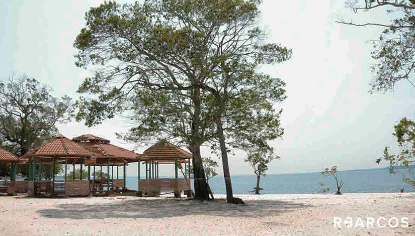 Ecoturismo e Praias em Lancha 27 Pés  - /